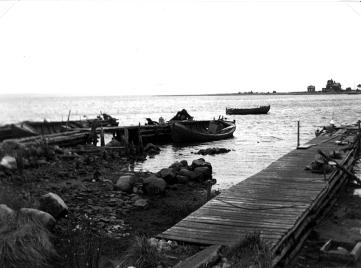 Gamla hamnen i lågvatten 1946 Skäggenäs